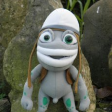 Giocattoli Antichi: MUÑECO CRAZY FROG THE ANNOYING THING DE 28 CM. Lote 96067736