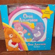 Juguetes Antiguos: OSOS AMOROSOS,TAMBOR,AMERICAN GREETINGS,CAJA ORIGINAL,2009,A ESTRENAR. Lote 46479057
