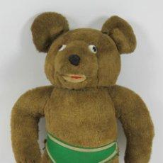 Juguetes Antiguos: OSO DE FELPA TEDDY BEAR. RELLENO DE PAJA. COSIDO A MANO. OJOS DE BOTON. CIRCA 1920.. Lote 49339666