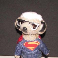 Juguetes Antiguos: SUPERMAN - OFFICIALS PRODUCT OF MEERKOVO - JOI LTD SURREY - PELUCHE MUY BONITO. Lote 95271479
