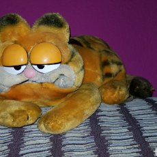 Juguetes Antiguos: PELUCHE GARFIELD MUY ANTIGUO 1981. Lote 103009567