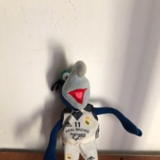 Juguetes Antiguos: PELUCHE MUÑECO GONZO TELEÑECOS REAL MADRID. Lote 129032836