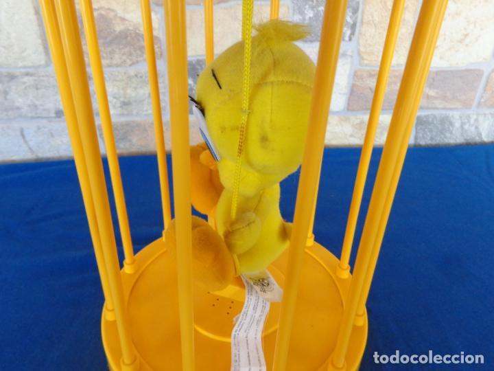 Juguetes Antiguos: DISNEY - FIGURA PIOLIN EN SU JAULA FUNCIONANDO Y HABLA EN ESPEAÑOL VER FOTOS! SM - Foto 12 - 144716286
