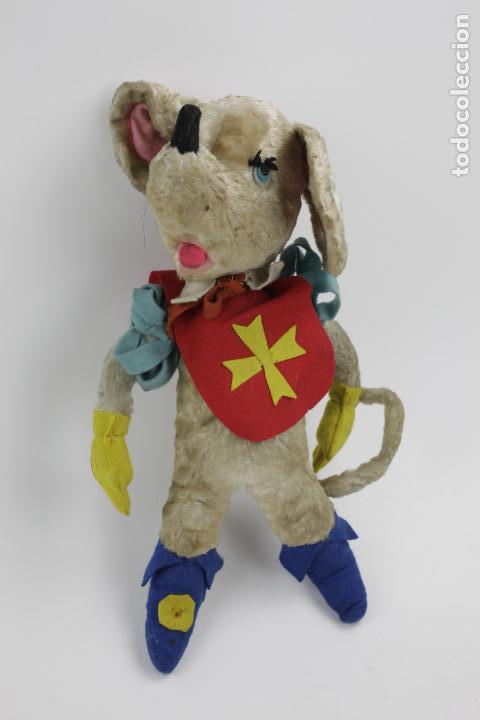 Juguetes Antiguos: Rata mosquetera de peluche. 35 cm de alto. - Foto 3 - 149133174
