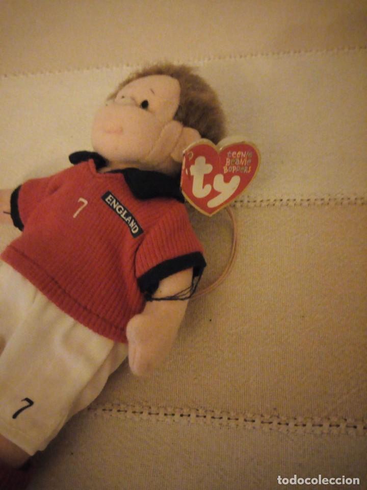 Juguetes Antiguos: jugador de fútbol nº 7 england the beanie babies collection. 2002 - Foto 2 - 151879270