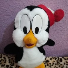 Juguetes Antiguos: PELUCHE PINGÜINO CHILLY WILLY AÑOS 90. Lote 153472410