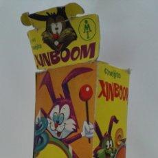 Juguetes Antiguos: CONEJITO XINBOOM, Nº 145, CAJA ORIGINAL, FABRICADO EN ESPAÑA, MEDIDAS 10 X 6,5 X 18 CM. Lote 177054679