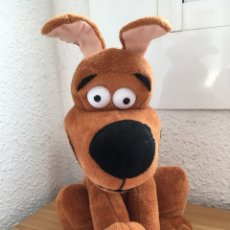 Juguetes Antiguos: SCOOBY DOO MUSICAL - PELUCHE. Lote 178710762
