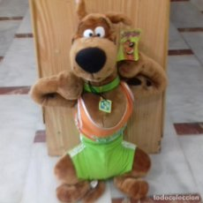 Juguetes Antiguos: PELUCHE SCOOBY DOO SPORTS ORIGINAL . Lote 178862197