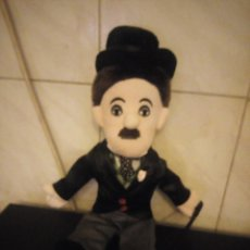 Juguetes Antiguos: MUÑECO CHARLIE CHAPLIN ,PELUCHE. Lote 190173396