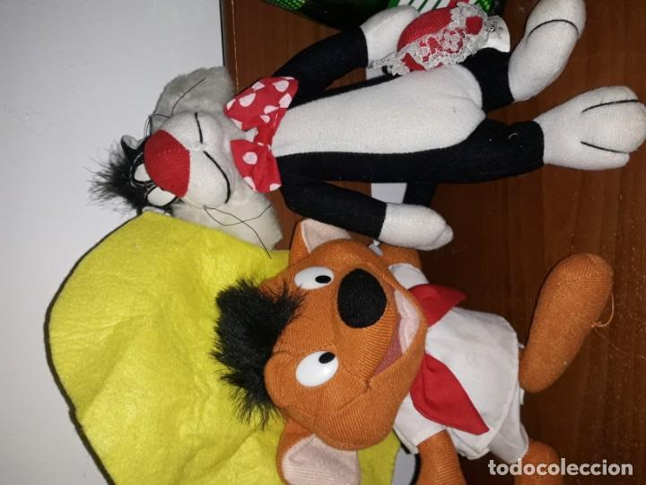 Juguetes Antiguos: 3 antiguo muñeco peluche looney tunes, Silvestre, speedy González, gallo claudio,año 1997, 22ctms - Foto 3 - 194176026