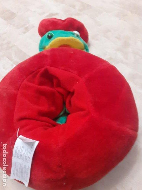 Juguetes Antiguos: Peluche de manzana con gusano marioneta - Foto 4 - 200775138
