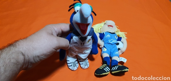 Juguetes Antiguos: 2 muñecos peluches muppets real Madrid Gonzo y peggy - Foto 2 - 211910673