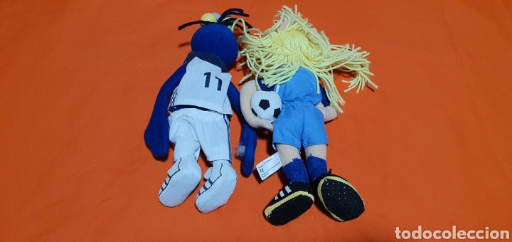 Juguetes Antiguos: 2 muñecos peluches muppets real Madrid Gonzo y peggy - Foto 5 - 211910673