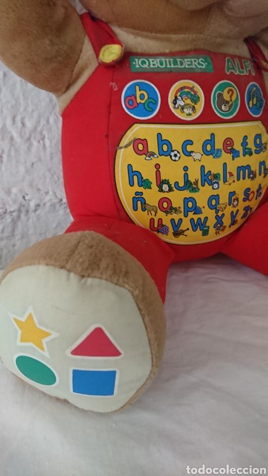 Juguetes Antiguos: Original muñeco osito, inteligente, iqbuilders alfi, ver - Foto 3 - 215407790