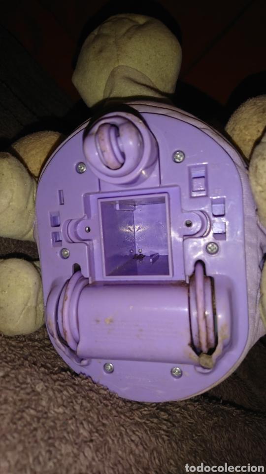 Juguetes Antiguos: Original osito montado en tortuga, con mecanismo, ruedas, Mattel 2005 - Foto 9 - 233308595