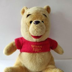 Juguetes Antiguos: PELUCHE WINNIE THE POOH. Lote 237501295