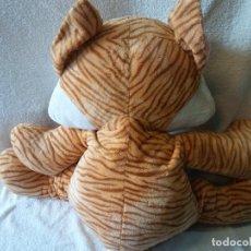 Brinquedos Antigos: BONITO,DIVERTIDO Y ENORME GATO DE PELUCHE. CHILIE. RUSS.. Lote 263637300