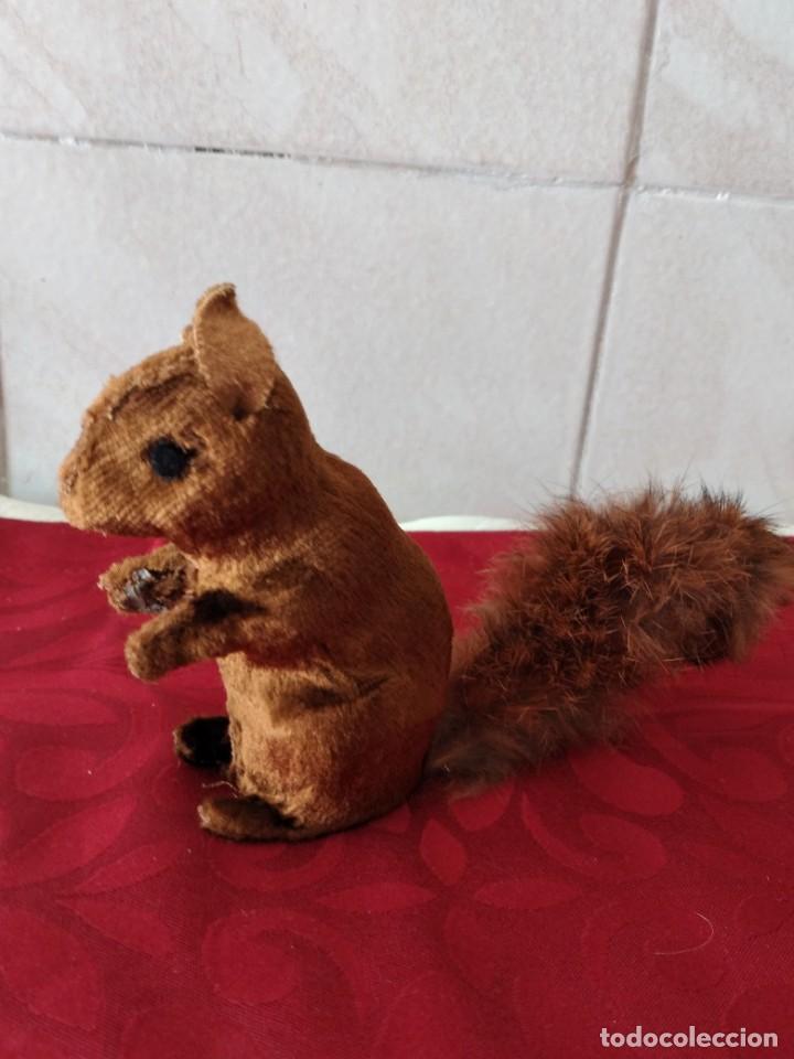 Juguetes Antiguos: Bonita artilla de pvc forrada con terciopelo ,cola de pelo de conejo real,años 50 - Foto 2 - 271327058