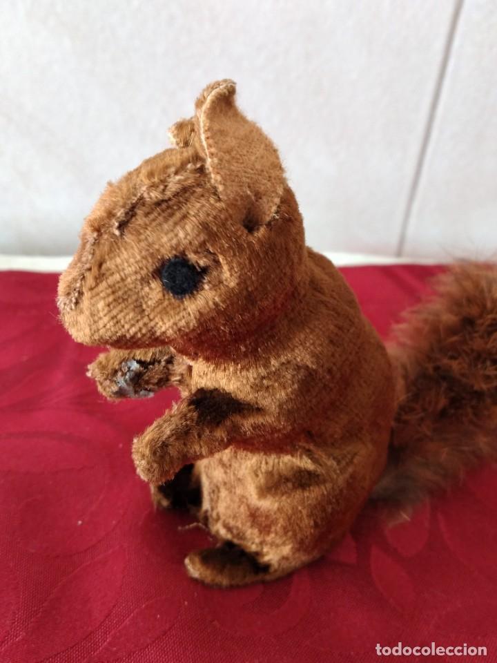 Juguetes Antiguos: Bonita artilla de pvc forrada con terciopelo ,cola de pelo de conejo real,años 50 - Foto 3 - 271327058