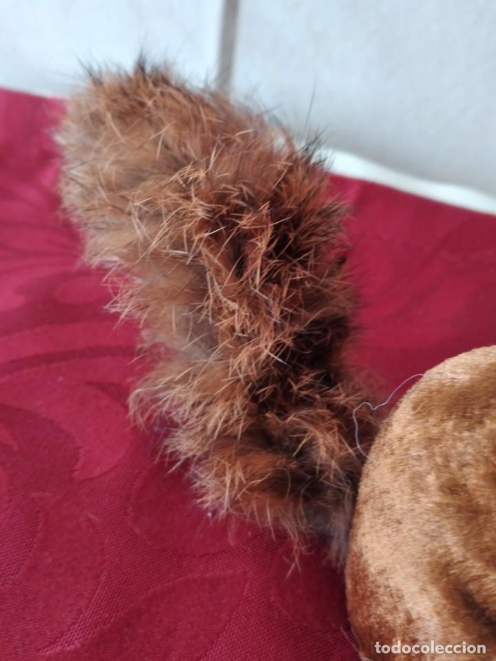 Juguetes Antiguos: Bonita artilla de pvc forrada con terciopelo ,cola de pelo de conejo real,años 50 - Foto 7 - 271327058