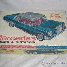 Juguetes antiguos Payá: COCHE MERCEDES DE LA CASA PAYA. CABLE DIRIGIDO. Lote 26467655