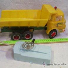 Juguetes antiguos Payá - Camión Volquete. Fabricado por Payá. - 27880083