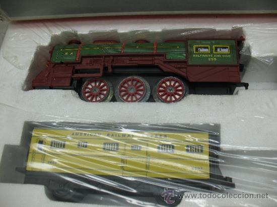 Juguetes antiguos Payá: Paya Ref: 0-0007 - Locomotora con humo, con tres vagones American Railway Express y vías - Foto 3 - 38897802