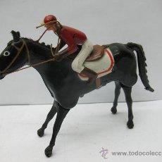 Juguetes antiguos Payá: PAYA JOCKER - CABALLO DE CARRERAS CON JINETE 8 DE HOJALATA CON MECANISMO A CUERDA . Lote 39430479