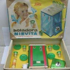 Juguetes antiguos Payá: PAYA - HELADORA NIEVITA ELECTRICA CON MOTOR A PILA. Lote 39834075