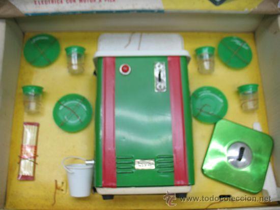 Juguetes antiguos Payá: Paya - Heladora nievita electrica con motor a pila - Foto 3 - 39834075