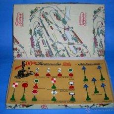 Juguetes antiguos Payá: CAJA GRANDE REF. 1458 SEÑALES FERROVIARIAS, FABRICADAS EN METAL, PAYA RAI, ORIGINAL AÑOS 50.. Lote 40736203