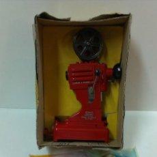 Altes Spielzeug Payá - PROYECTOR ANTIGUO DE PAYA. JUGUETE Nº 730 ( CAJA ORIGINAL , INSTRUCCIONES, PELICULAS ) - 44084201