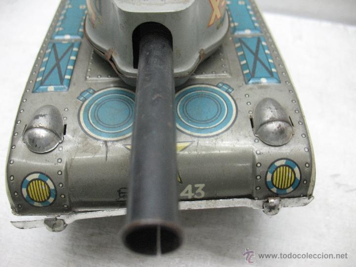 Juguetes antiguos Payá: Tanque Jaguar X-77 I-643 de Hojalata con mecanismo a pilas - Foto 10 - 44149544