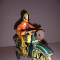 Juguetes antiguos Payá: ANTIGUA MOTOCICLETA DE LATA PAYÁ ,ORIGINAL DE LA EPOCA IBI 807 ,SEÑALES DE USO . VER FOTGR. 30X10 CM. Lote 48869385