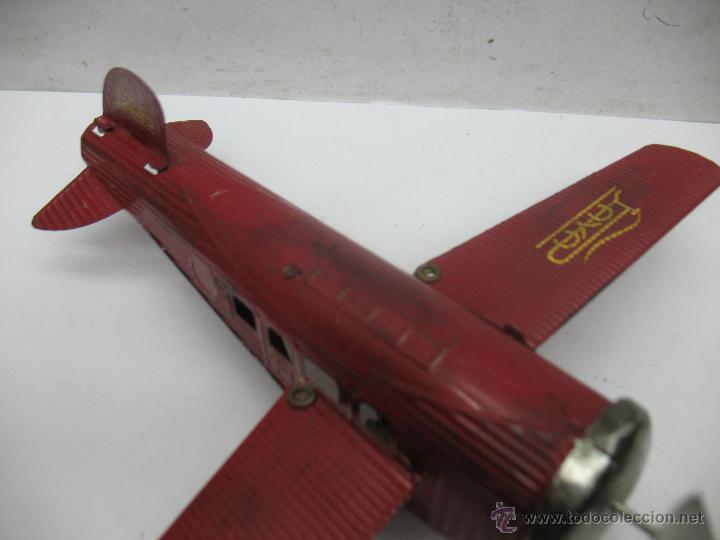 Juguetes antiguos Payá: Paya - Reproducción de avión envejecido de hojalata 1905 con mecanismo a cuerda fabricado en China - Foto 3 - 53351270