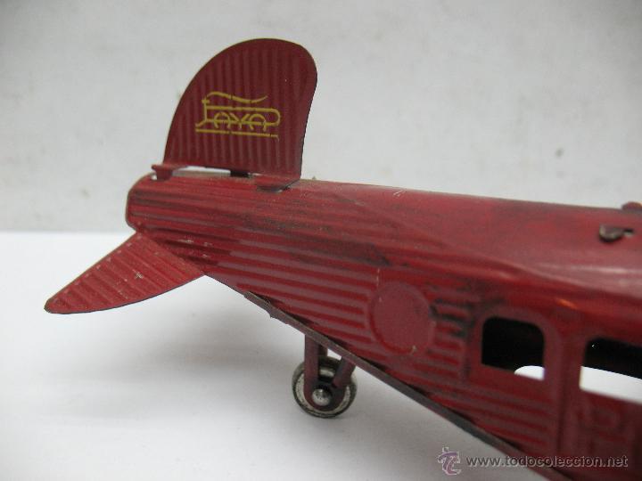 Juguetes antiguos Payá: Paya - Reproducción de avión envejecido de hojalata 1905 con mecanismo a cuerda fabricado en China - Foto 4 - 53351270