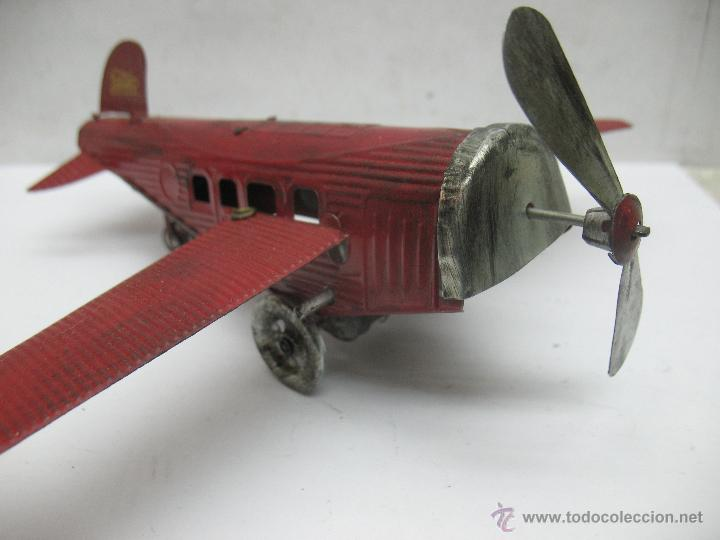 Juguetes antiguos Payá: Paya - Reproducción de avión envejecido de hojalata 1905 con mecanismo a cuerda fabricado en China - Foto 5 - 53351270