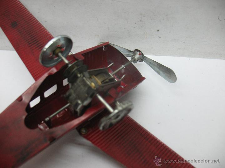 Juguetes antiguos Payá: Paya - Reproducción de avión envejecido de hojalata 1905 con mecanismo a cuerda fabricado en China - Foto 7 - 53351270