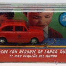 Juguetes antiguos Payá: SEAT 850 PAYÁ AUTO PULGA MINICOCHE CON RESORTE LARGA DURACIÓN EN CAJA. Lote 238583360