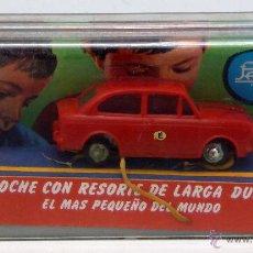 Juguetes antiguos Payá: SEAT 850 PAYÁ AUTO PULGA MINICOCHE CON RESORTE LARGA DURACIÓN NUEVO EN CAJA PEGATINA E. Lote 55053928