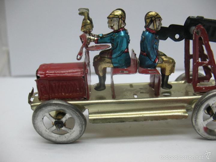 Juguetes antiguos Payá: Paya - Réplica coche de bomberos de hojalata - Foto 2 - 257933620
