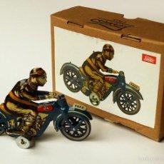 Juguetes antiguos Payá: MOTORISTA MOTO MOTOCICLETA 1922 JUGUETE HOJALATA A CUERDA MARCA PAYÁ REPRODUCCIÓN ACTUAL CON CAJA. Lote 60364747