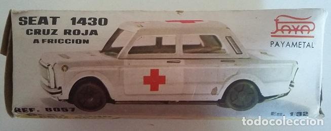 Juguetes antiguos Payá: PAYÁ. SEAT 1432 Cruz Roja fricción de hojalata. Coche original años 70 con caja - Foto 7 - 73014719