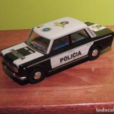 Juguetes antiguos Payá: COCHE DE CHAPA POLICÍA. Lote 98066707