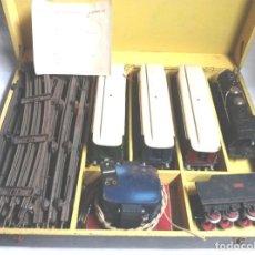 Altes Spielzeug Payá - Tren Escala 0 Locomotora 987 con Tender y 3 Vagones Butacas con luz año 1951 de Paya - 105281819