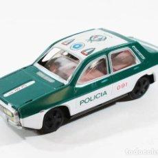Juguetes antiguos Payá: COCHE POLICIA RENAULT 12 R12 DE PAYA 12 CM LARGO HOJALATA FRICCION. Lote 105370907