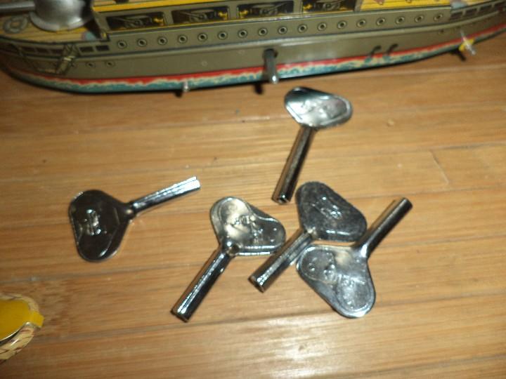 Juguetes antiguos Payá: Lote de 5 juguetes de hojalata PAYA,reproducciones de antiguos juguetes de hojalata. - Foto 7 - 108303023
