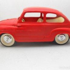 Juguetes antiguos Payá: PAYA COCHE SEAT 600 ROJO 0054 PLASTIC MODEL CAR FIAT ALFREEDOM. Lote 114185291