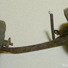 Juguetes antiguos Payá: PUENTE DELANTERO FORD TAUNUS PAYÁ. Lote 118895959